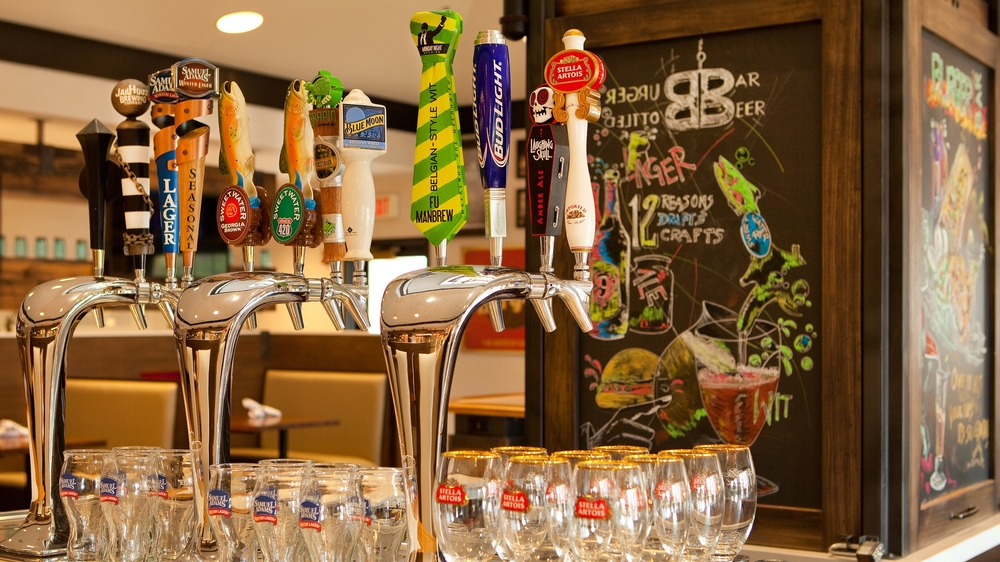 Holiday Inn Atlanta Airport South_Burger Theory Beer Tap.jpg