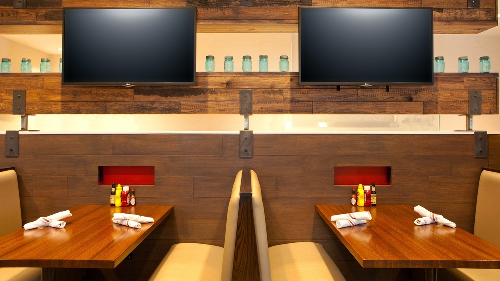 Holiday Inn Atlanta Airport South_Burger Theory Dining 2.jpg
