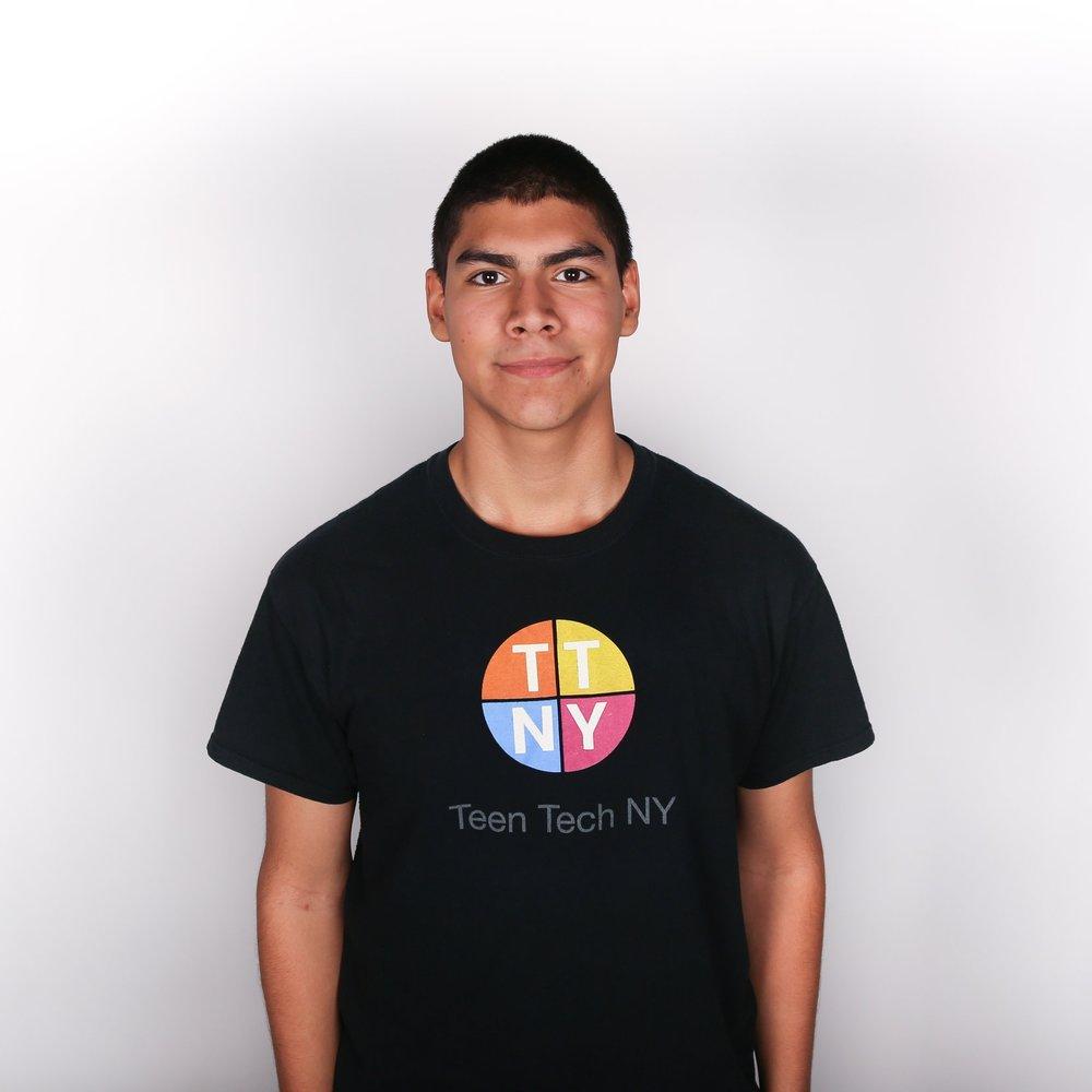 Teen Tech Portraits 2016-7.jpg
