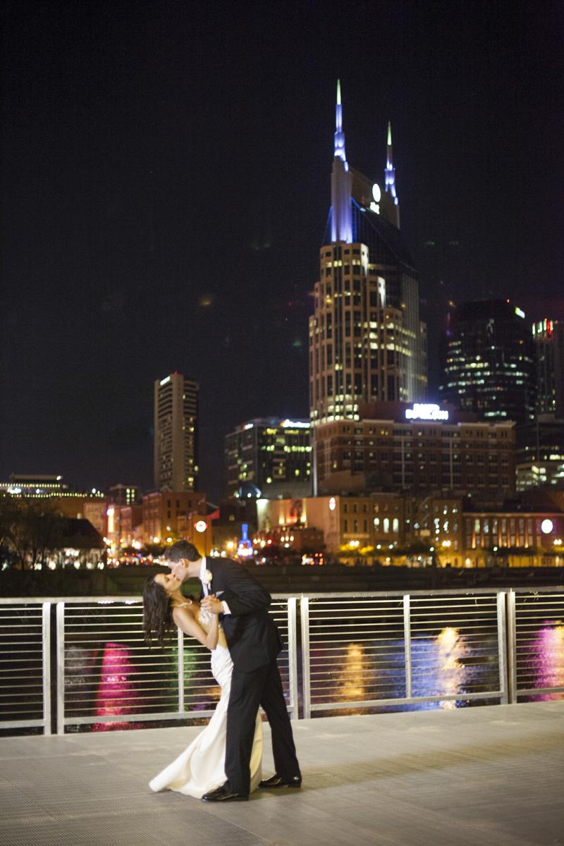 Bridge_Building_Wedding_053_1.JPG
