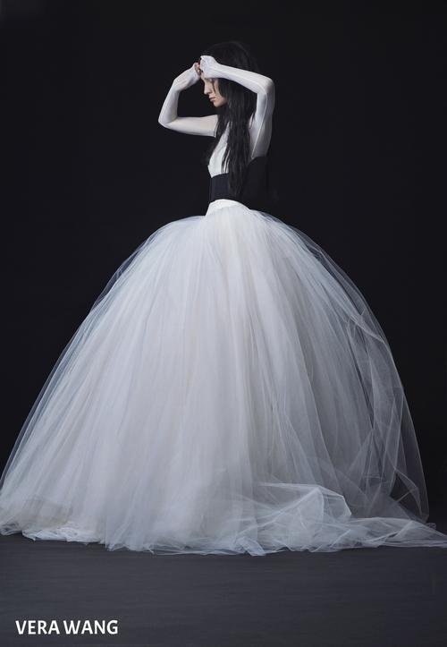 Vera+Wang_FW16+Bridal_Look+14.jpg