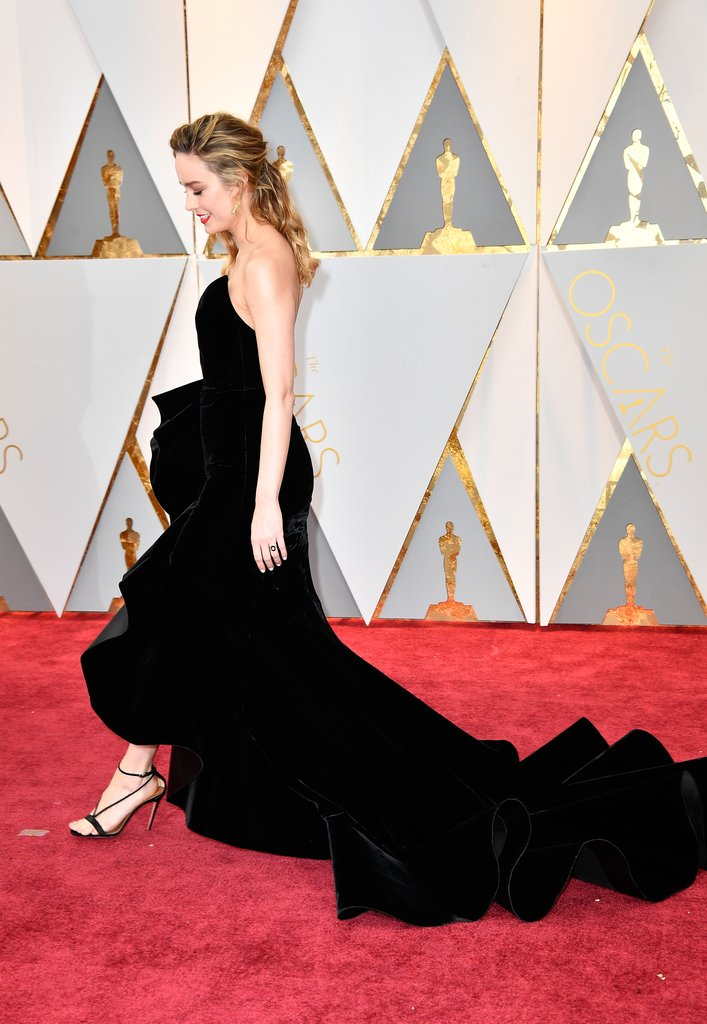 Brie-Larson-Oscar-de-la-Renta-Dress-Oscars-2017.jpg