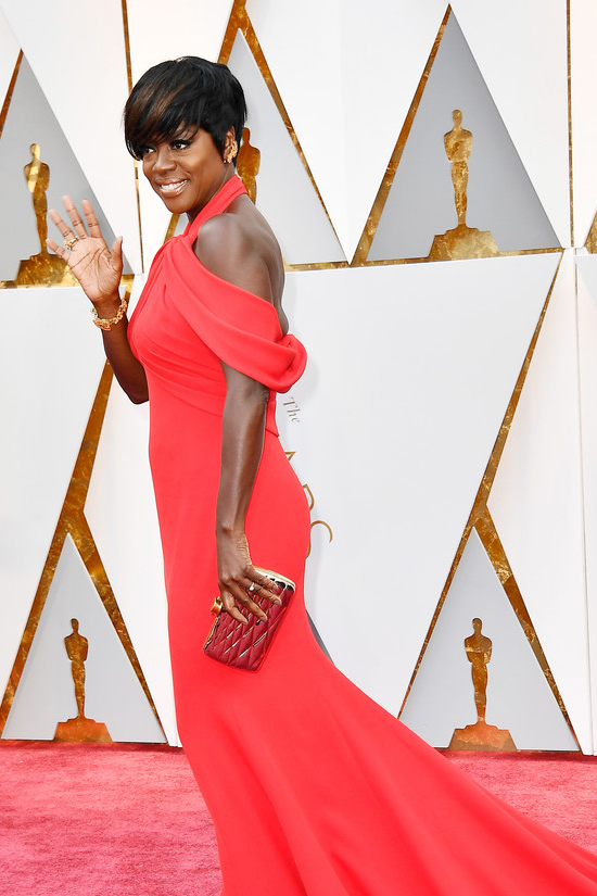 Viola-Davis-Oscars-2017-Red-Carpet-Fashion-Armani-Prive-Tom-Lorenzo-Site-5.jpg
