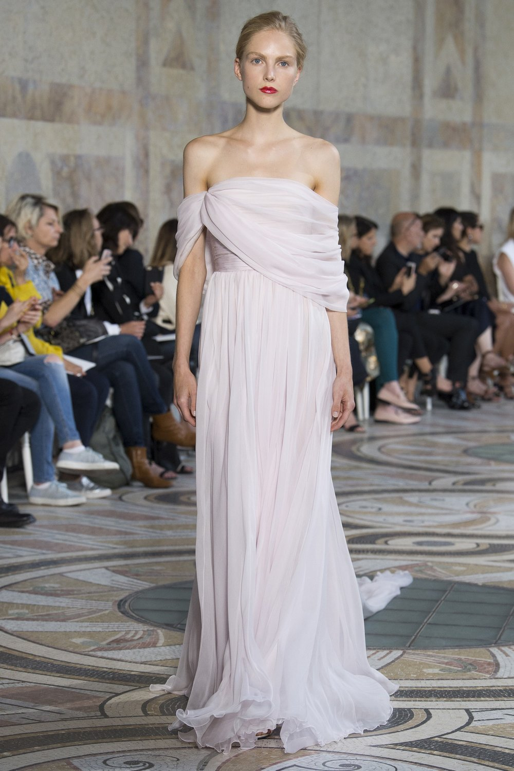 GIAMBATTISTA VALLI: Goddess-Sinous Draping