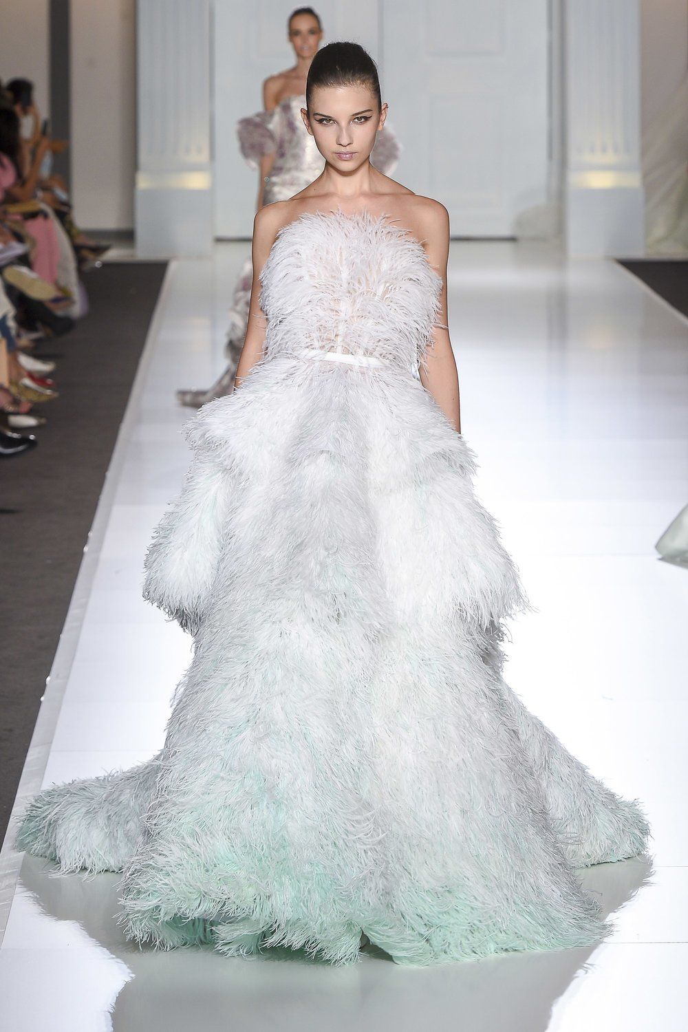 RALPH & RUSSO: Full on Strapless