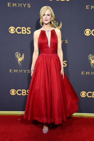 emmys-2017-all-the-looks-ss28.jpg