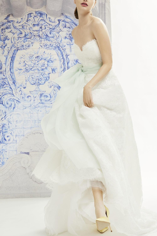 12_CHNY_F19_Bridal_Ida_F1921N705FLL.jpg