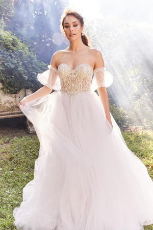 Eve of Milady - BRIDAL FALL 2019