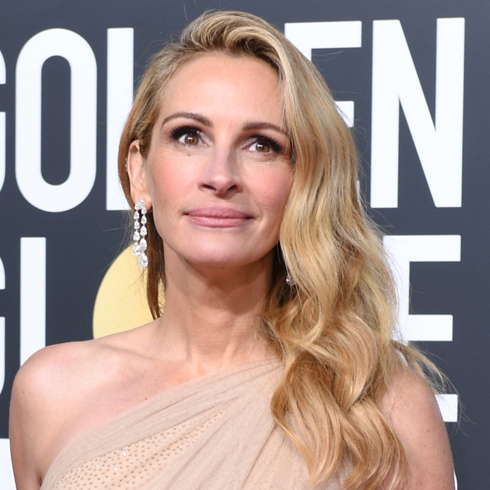 """Julia Roberts: Agelessness In Action - How is it possible that Julia Roberts looks even younger now than she did 20 years ago? And not in a """"Botoxed within an inch of a life"""" way either. Rather, the """"Ben is Back"""" babe and Lancôme ambassadress appeared fresh, frisky and happy at the Globes, and a lot of that had to do with makeup artist Jillian Dempsey's stellar handiwork. """"I was influenced by Julia's choice of the Stella McCartney trouser-dress,"""" said Dempsey. """"It's strong and pretty and I wanted a makeup look to match."""" Translation: Bold brows paired with petal-pink cheeks and lips."""
