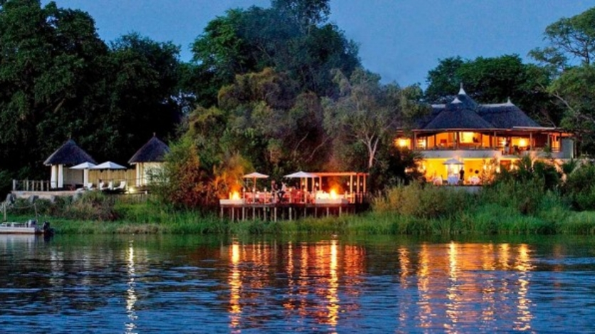 OPTION 2: Vic Falls - Sussi & Chuma Treehouse Lodge, 2 Nights