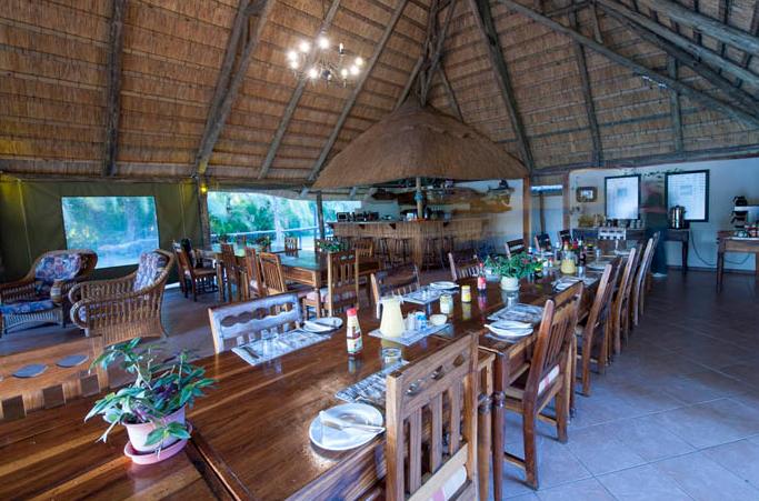 Sekoma Island lounge