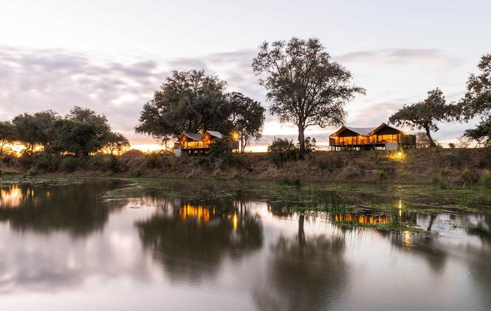 OPTION 3: Anabezi Lodge, 3 Nights