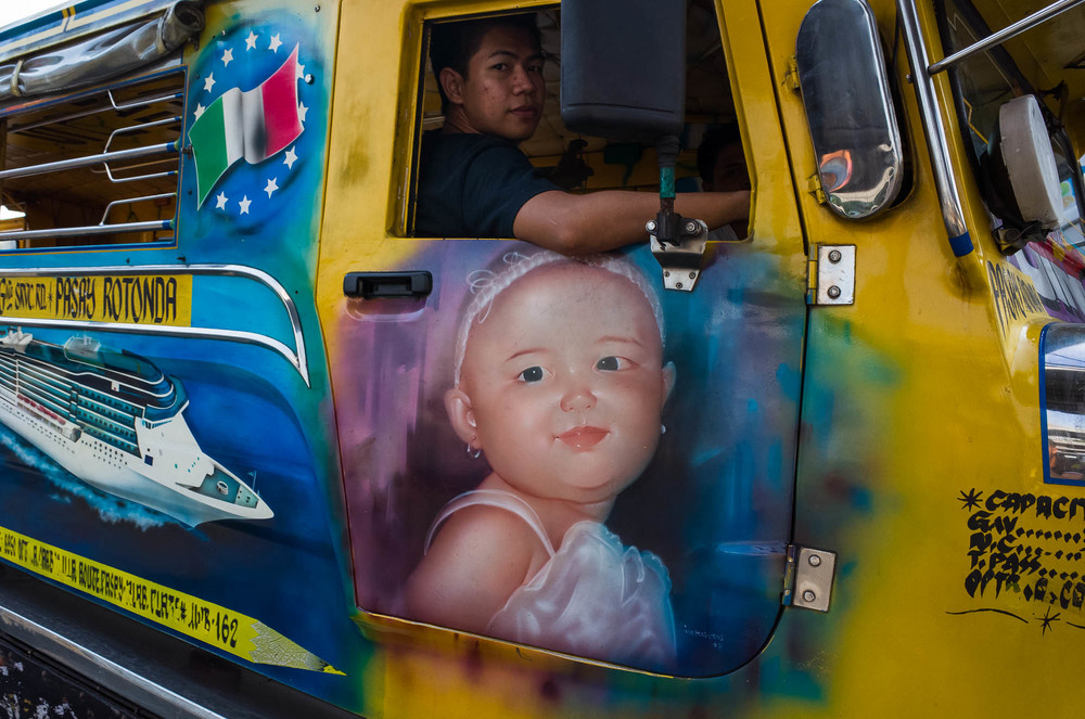 Manila_Bus_KL-3.jpg
