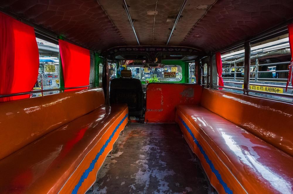 Manila_Bus_KL-6.jpg