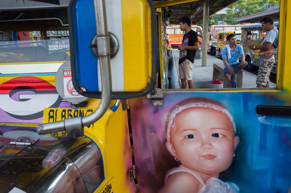 Manila_Bus_KL-12.jpg
