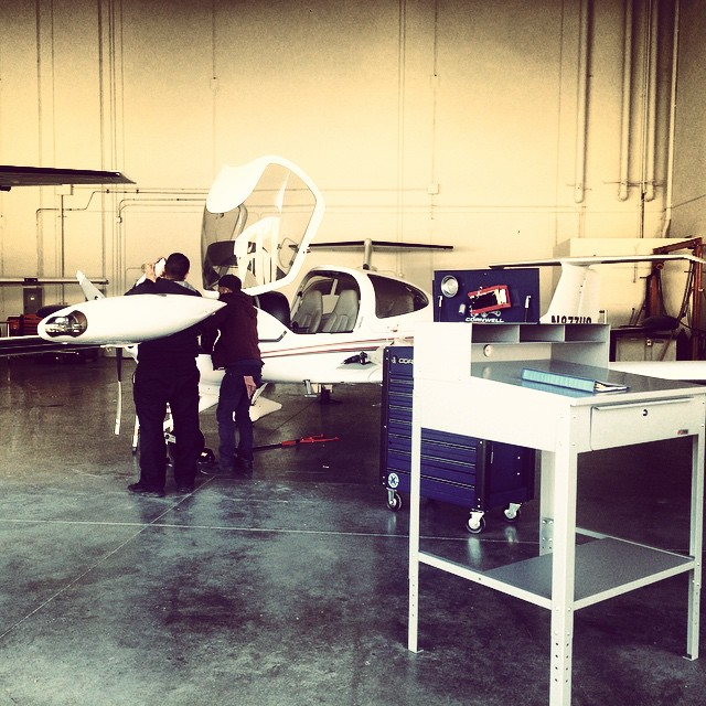 Doin' the #MX thing... #AircraftMaintenance #Airplane #WeFixAirplanes #KHND #KVGT #KLAS @apexaviation