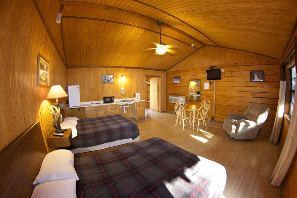 Superbe Cabin Rentals ($150.00)