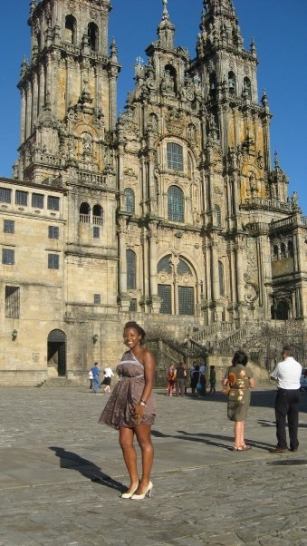 I bought this dress off of a gypsy in the countryside. I haggled with her to sell it to me for 30 euro. My shoes are from Zara. I am in front of the Cathedral.