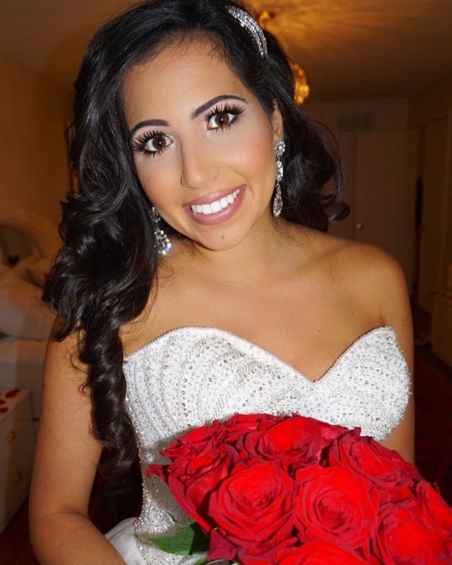swooning over this queen bride🌹 😍 Farah was such a dream to work with 😘  Beauty by @roennatara of @allthingsprettyinc  #torontobeautyservice #torontomakeup #bridal #weddings #motd #weddingphotographer #weddinginspiration #torontoweddings #planning #planner #bridesmaids #bride #bridalmakeup #weddingplanning #production #engagement #torontoweddings #babyshower #beauty #photography #motd #hotd #ootd #floralwall #torontomakeup #bridal #weddings #motd #weddingphotographer #weddinginspiration #torontoweddings #planning #planner #bridesmaids #bride #bridalmakeup #eventdesign #allthingsprettyinc