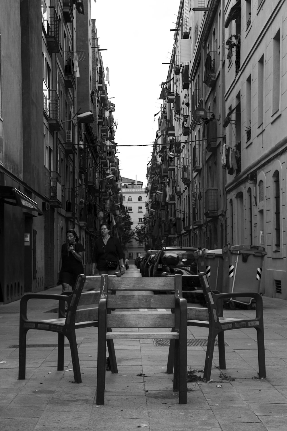 composition chairs barceloneta.jpg