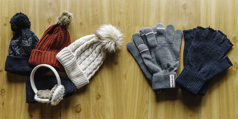 hats gloves www.thetravelpockets.com