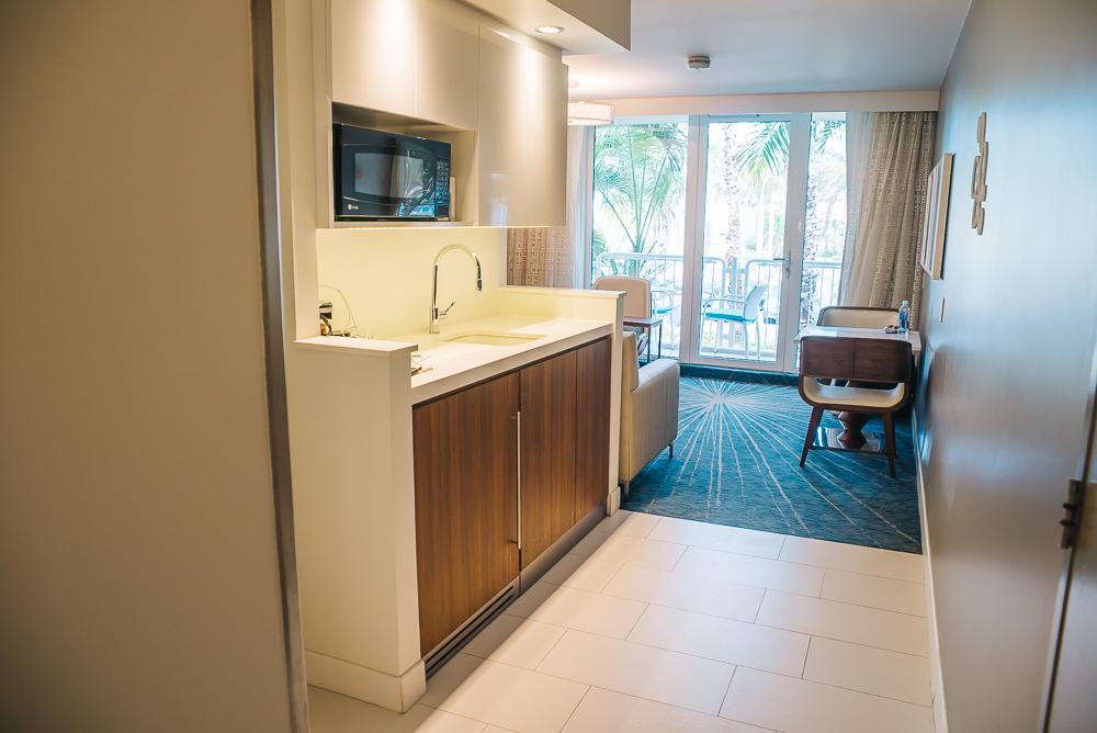 Aruba hotel room www.thetravelpockets.com