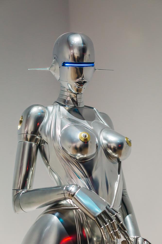"2016 ""Sexy Robot"" - Sorayama Hajime"