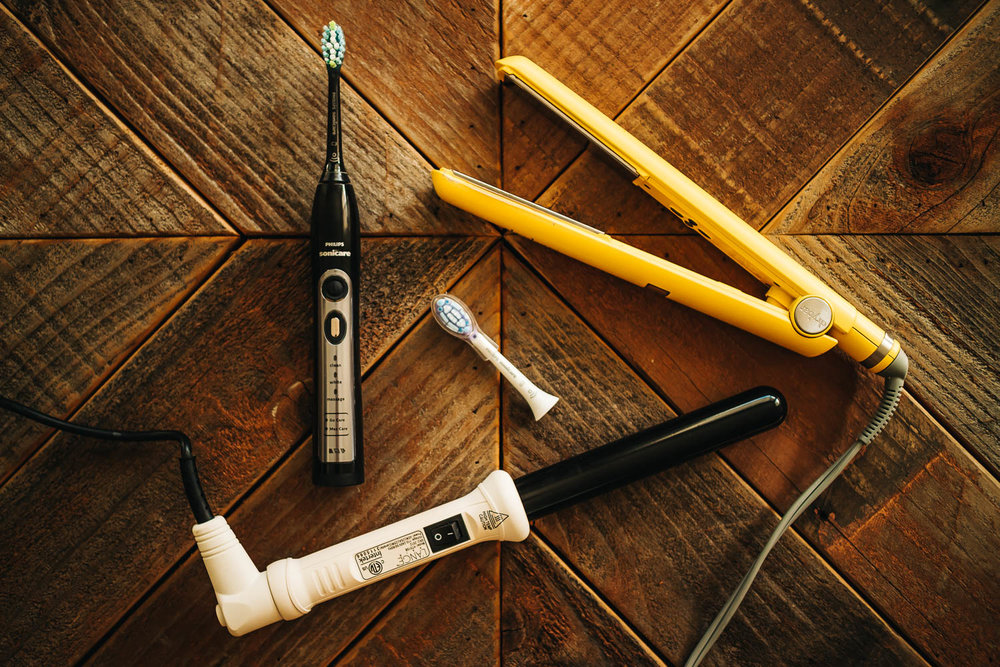 DRYBAR FLAT IRON   /    CURLING WAND   /    PHILIPS SONICARE