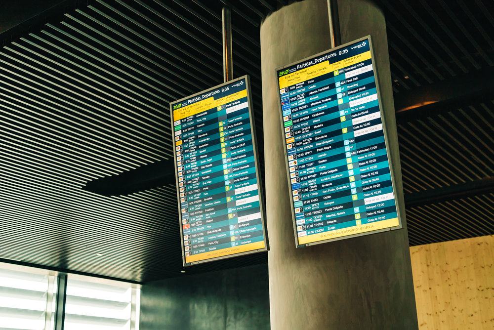 Digital boards in the lounge to keep an eye on your flight information