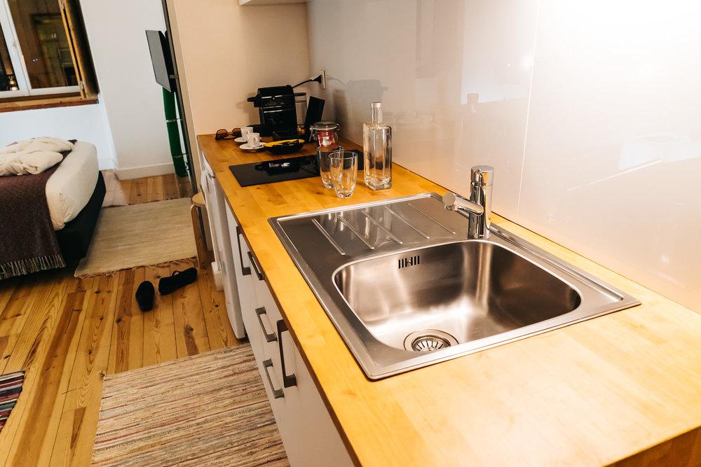 Kitchen area of Chiado Arty Flats