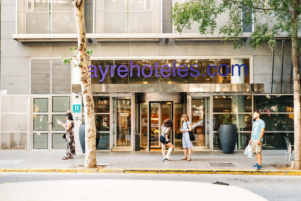 Ayre Hotel Caspe entrance in Barcelona