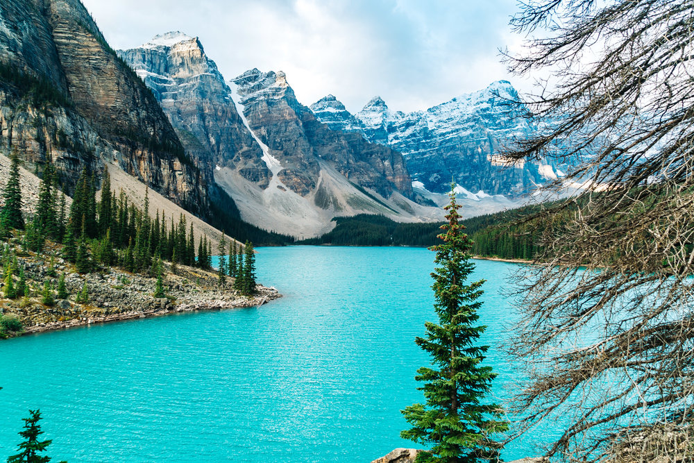 Moraine Lake, the glacially fed  lake  in  Banff National Park