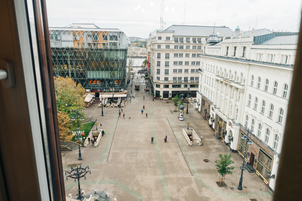 Perfect location overlooking Vorosmarty Square