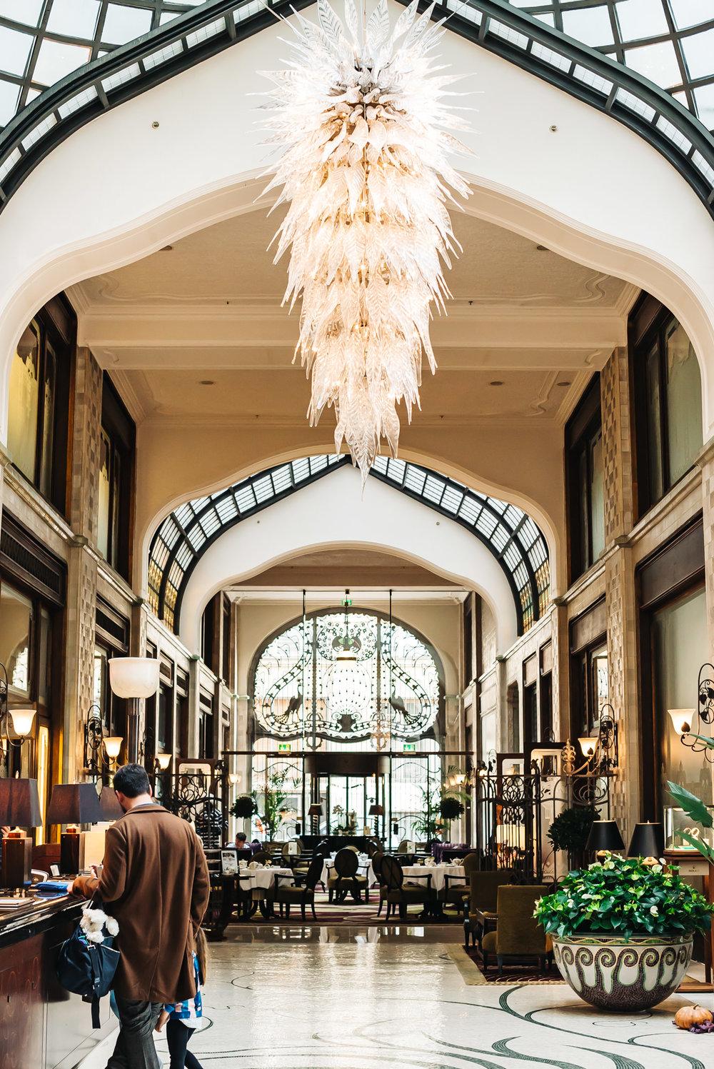 Gresham Palace lobby