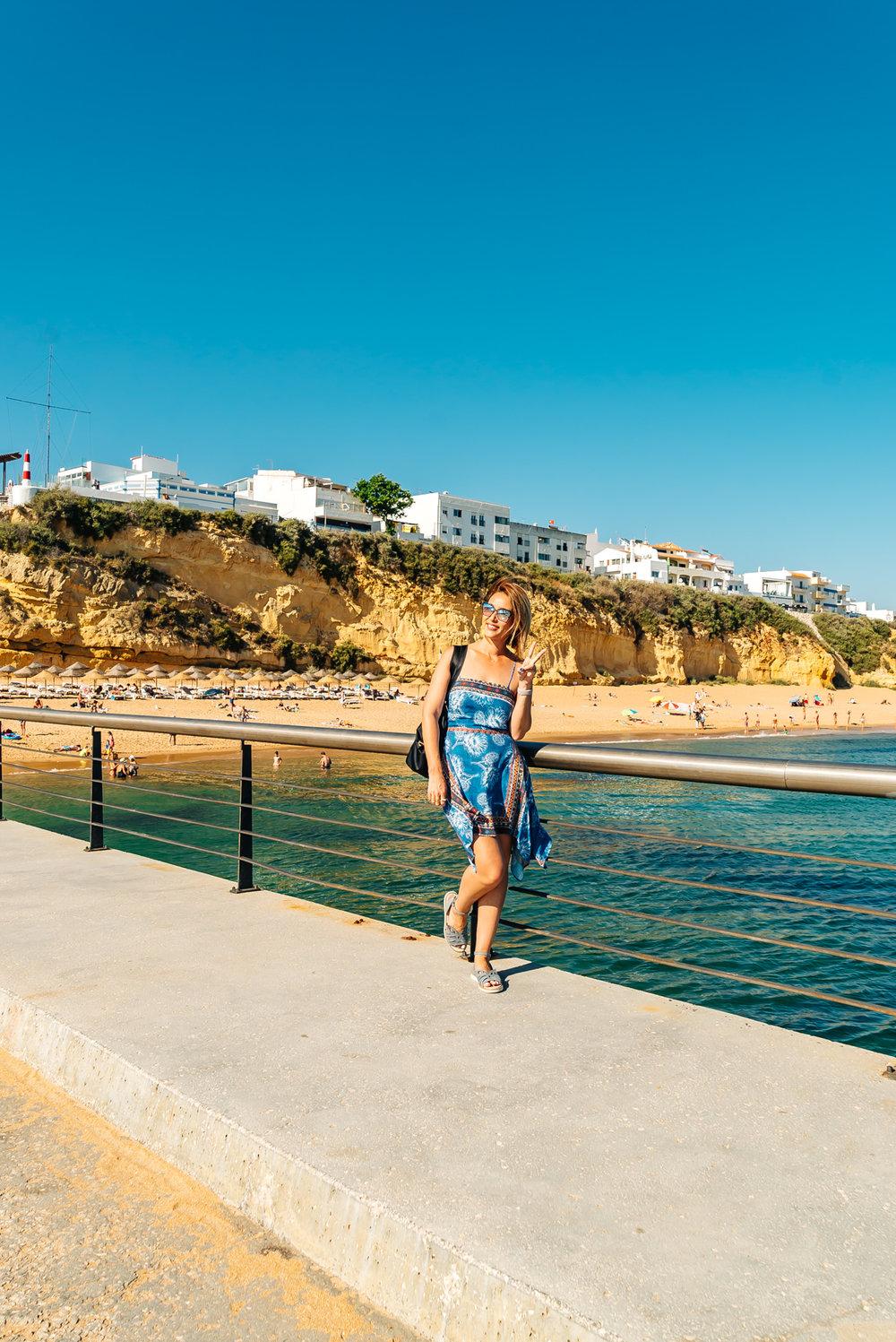The other side of Praia dos Pescadores