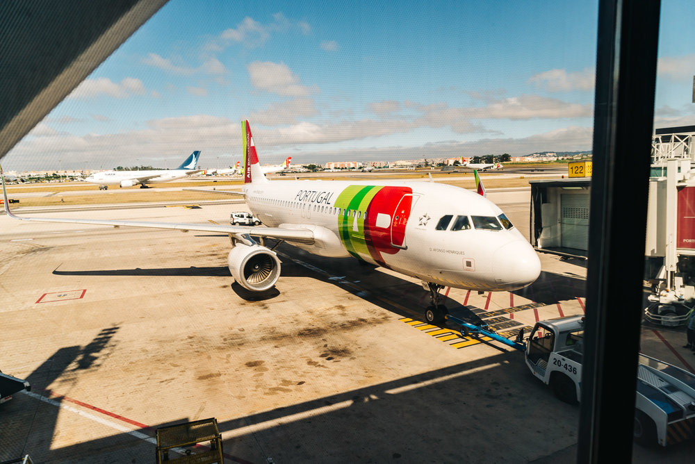 Flying from Barcelona to Lisbon on TAP Air Portugal