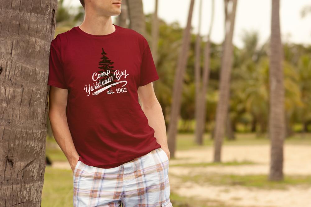 Basic T-Shirt -
