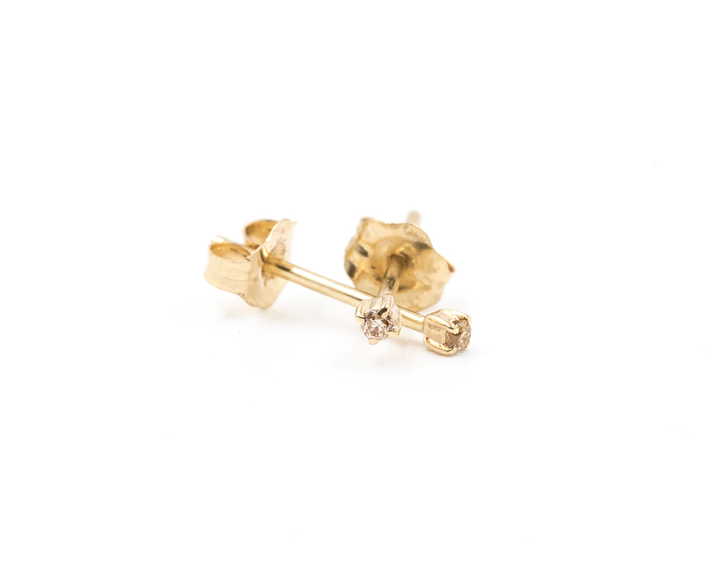 champagne stud solitaire products earrings gold use yellow stone diamond