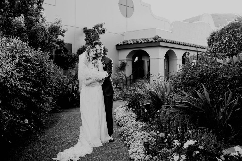 Hannah and Taylor 0103.jpg