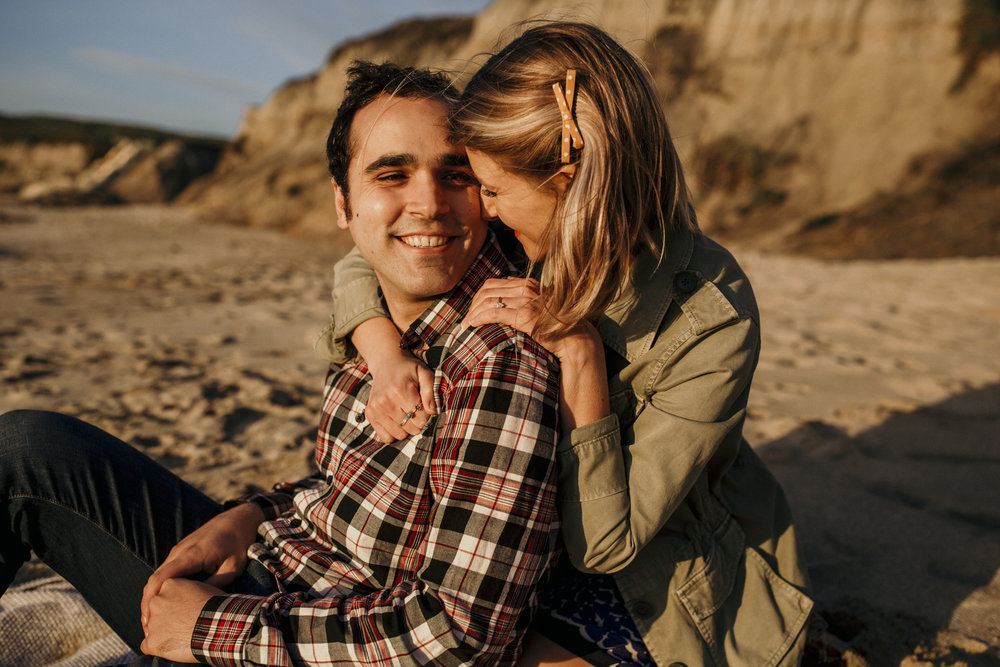 best san francisco wedding photographer bay area engagement photography bre thurston | couples on the beach at golden hour sunset