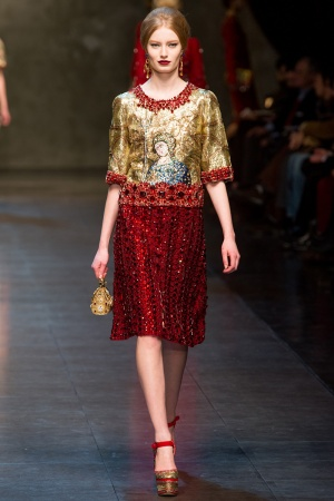 dolce-gabbana-rtw-fw2013-runway-67_113000374909-jpg_promotions_feature_tn.jpeg