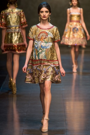 dolce-gabbana-rtw-fw2013-runway-71_113003971035-jpg_promotions_feature_tn.jpeg
