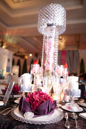 wedluxe-show-asian-fusion-weddings-table.jpg
