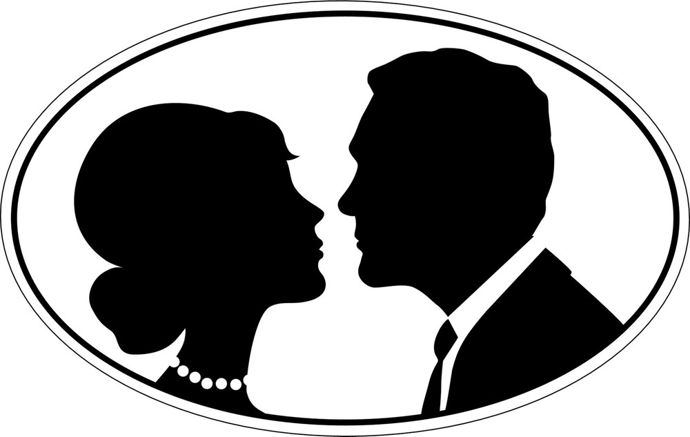 oval_framed_bride_and_groom1.jpeg