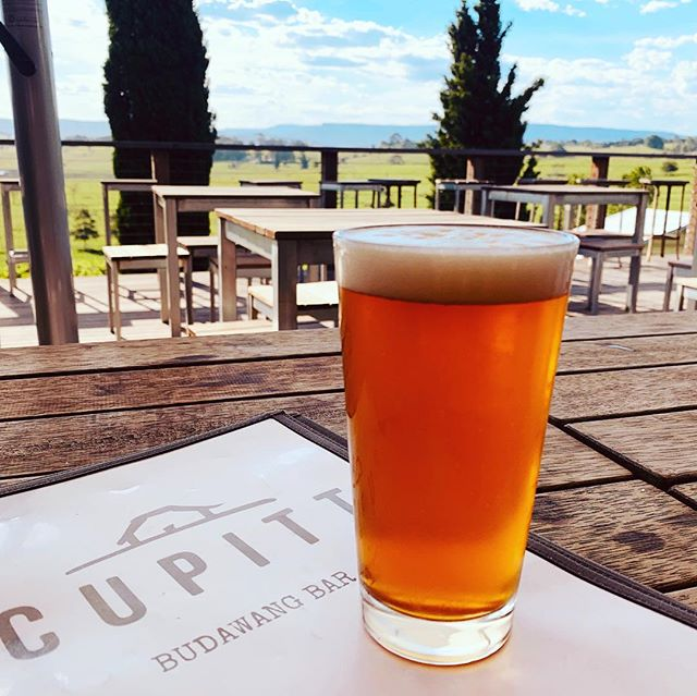 Cuppitt's Winery and Brewery... Afternoon sessions. #southcoast #christmassession #adventuretime #farmlife #localbrew