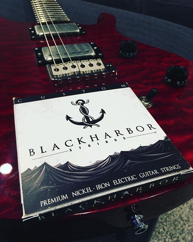 Can't get enough of these @blackharborsound strings! #blackharborstrings #blackharborsound #dawnlit #transverse #prs #prsguitars