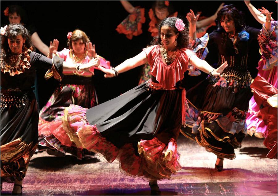 Tradizione Matrimonio Gipsy : Danze gipsy una tradizione russa — corsi di russo a roma