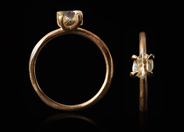 Light+Yellow+to+Clear+rough+diamond+on+a+simple+classic+gold+band..jpeg