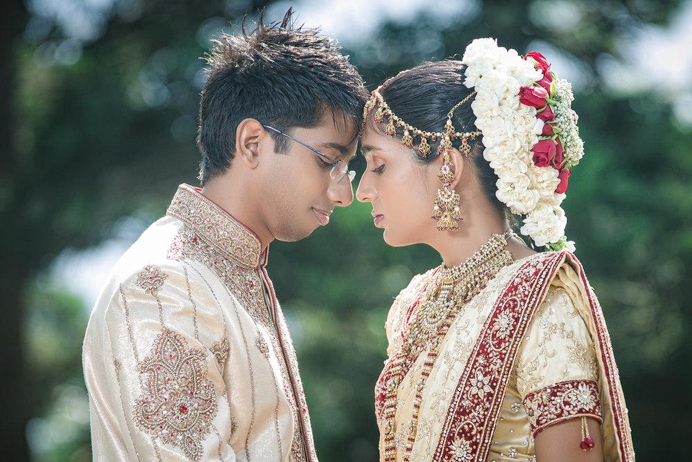 mumbai dreams verulam wedding indian tamil wedding rbadal photography bride and groom