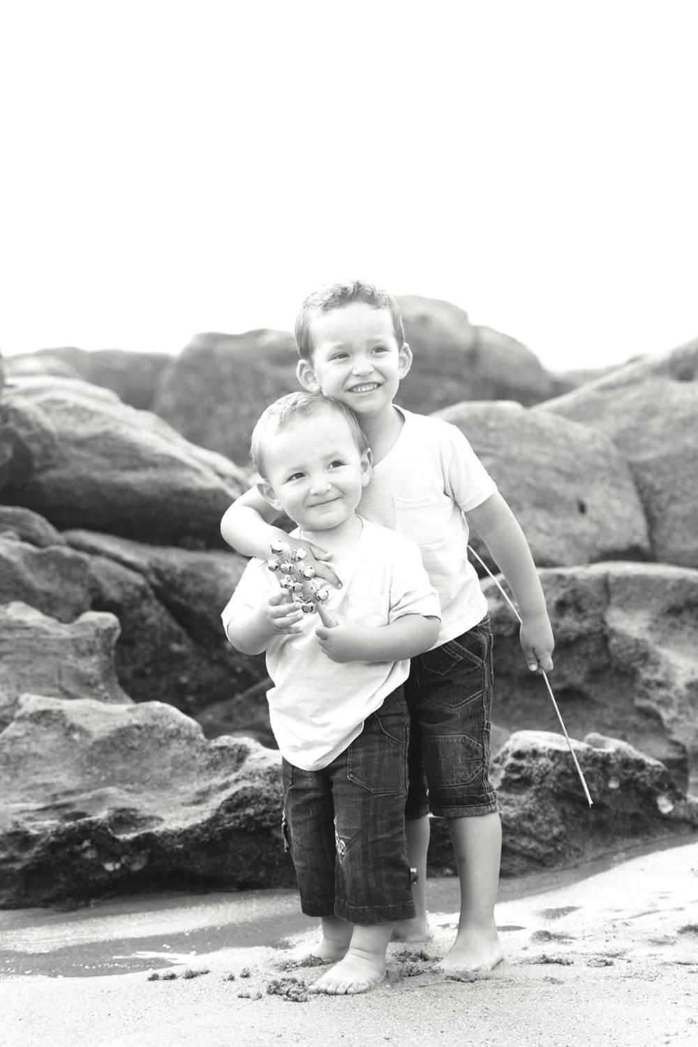 umhlanga-family-photography-beach-brothers